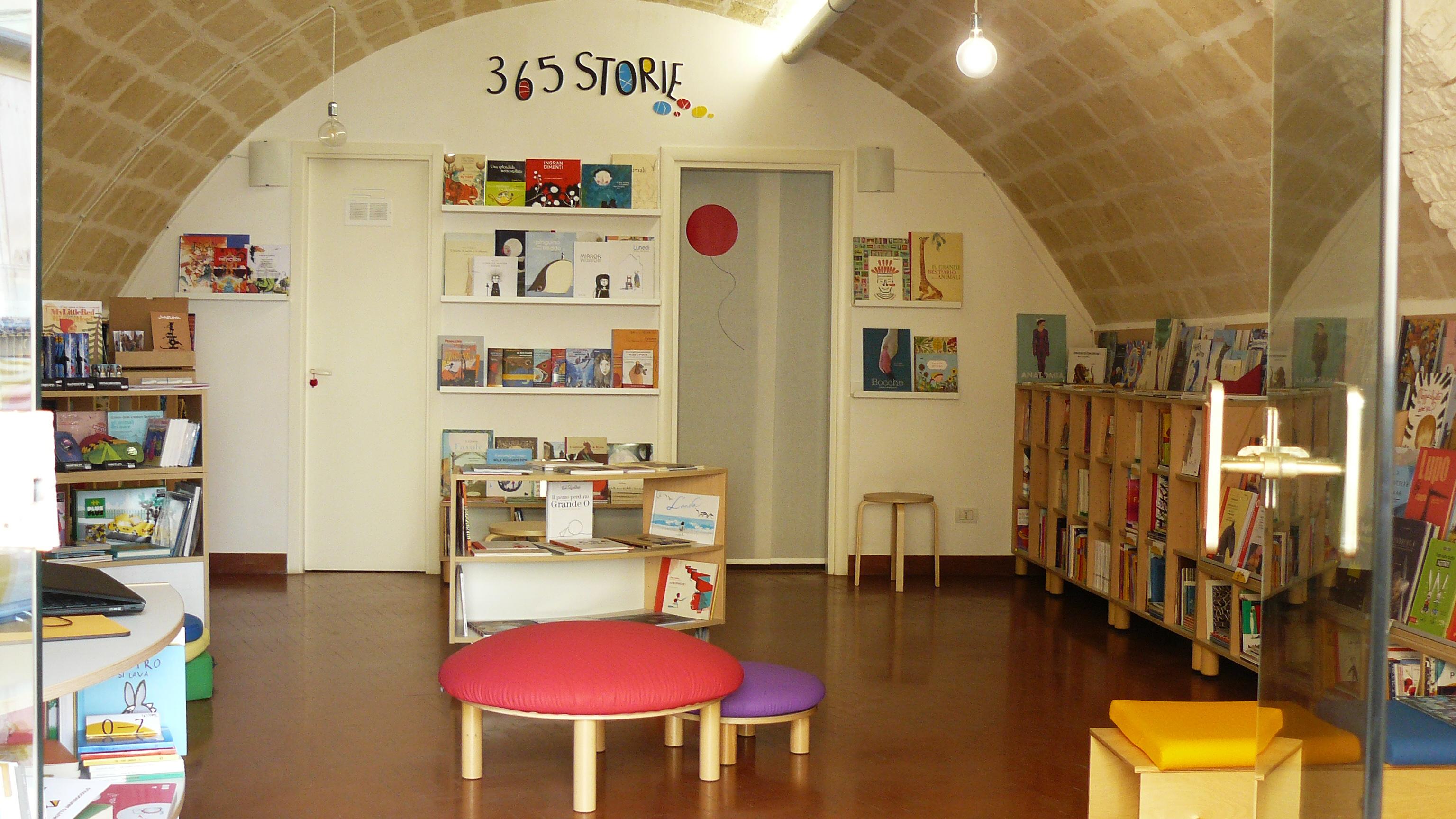 Scaffale Libri Per Bambini : Tidy books le librerie per bambini il pampano interior