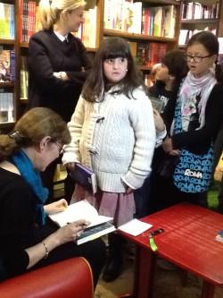 In coda per l'autografo di Linda Newbery